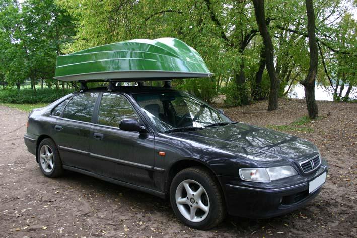 пластиковая лодка на крышу машины
