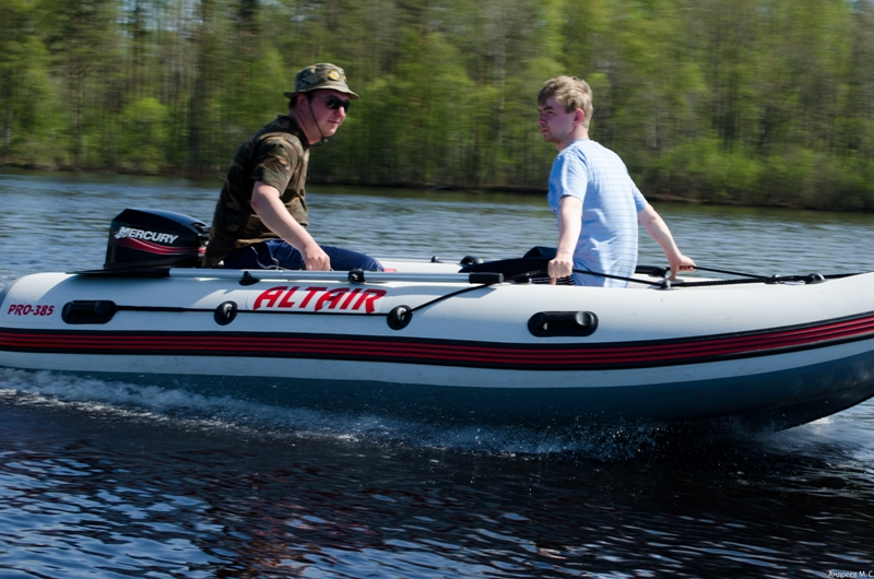 Работа Менеджер по продажам лодок