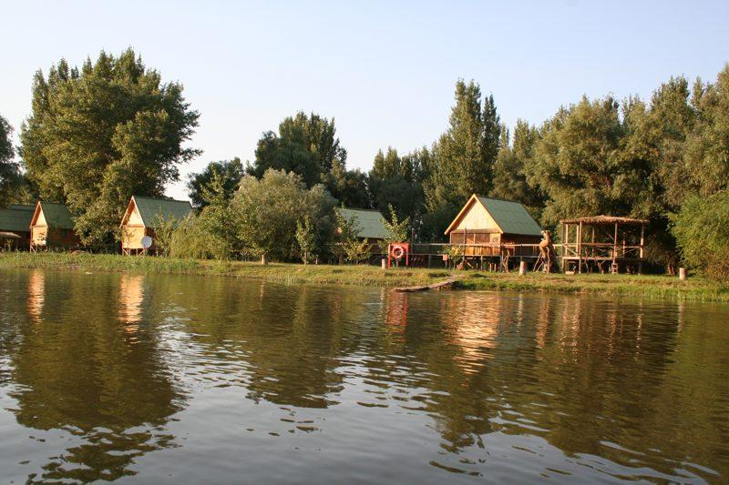 Рыболовная база PROCOSTA-Прокоста.  Рыбалка на Волге, в Дельте.
